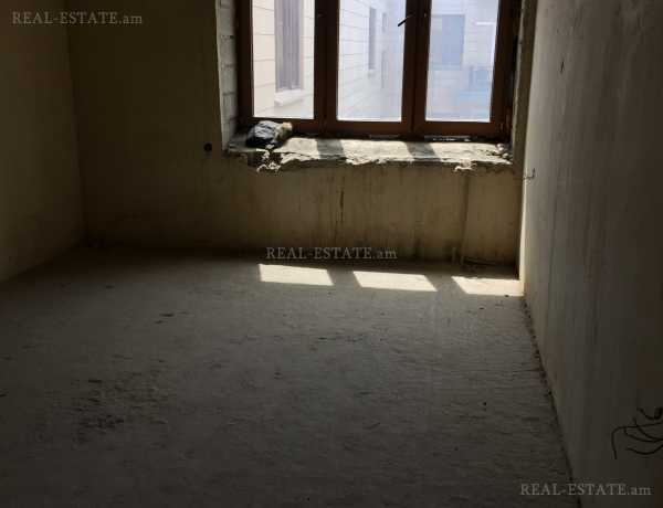 3 bedrooms apartment for sale Amiryan St, Center Yerevan, 96064