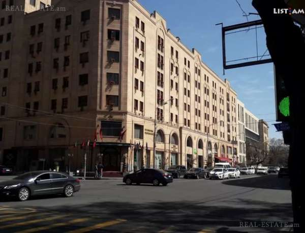 5-senyakanoc-bnakaran-vacharq-Yerevan-Center